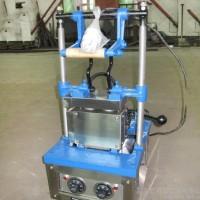 冰淇淋蛋托机 商业小型冰淇淋蛋托机 定制加工雪糕筒机