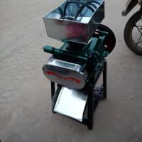 燕麦片专用挤扁机 五谷杂粮挤扁机 家用电压扁机